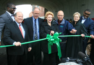 nws-link-detroit-ribbon-cutting2